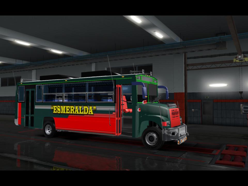 Bus Esmeralda