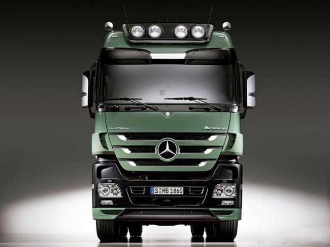 Mercedes Actros OM502LA V8 1.1