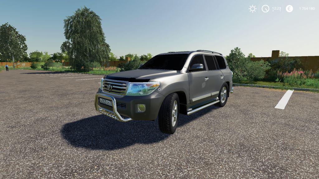 Toyota Land Cruiser 200 2013 V 8