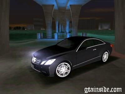 Mercedes-Benz E Class Coupe C207