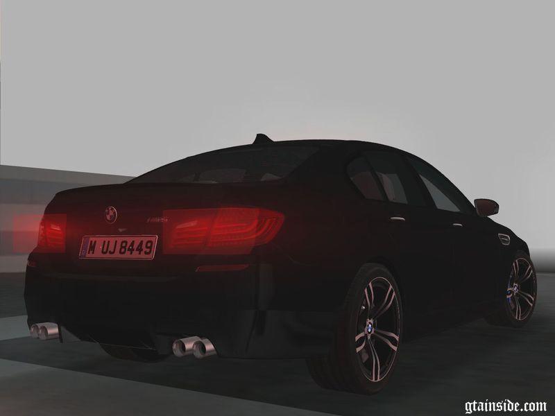 2012 BMW M5 (F10) - MT