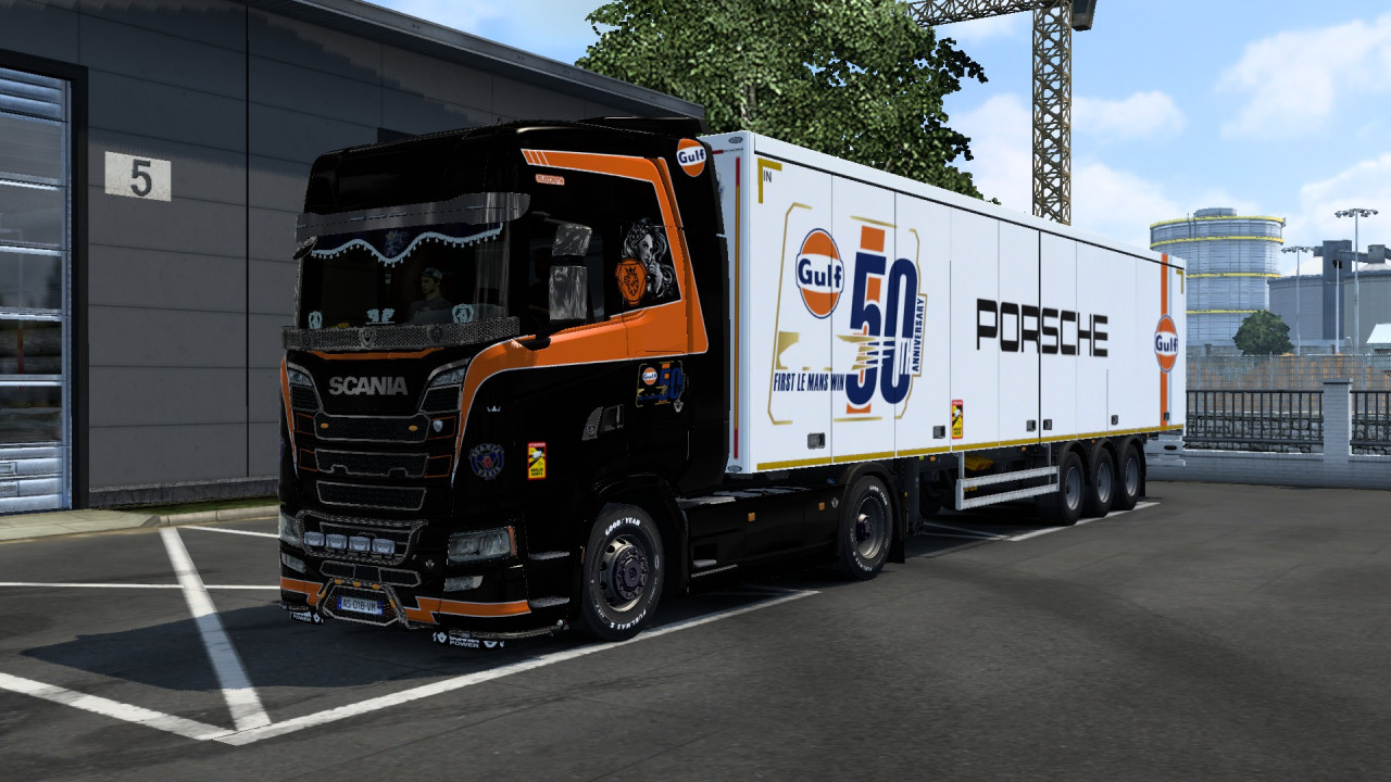 Skin Combo GULF PORSHE BLACK Scania S & Trailer
