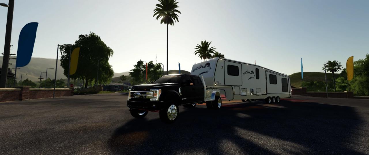 EQM SlideOut Camper